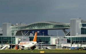 Aeropuerto de Gatcwick de Londres se vendió por más de 1.600 millones de euros. Foto: AFP